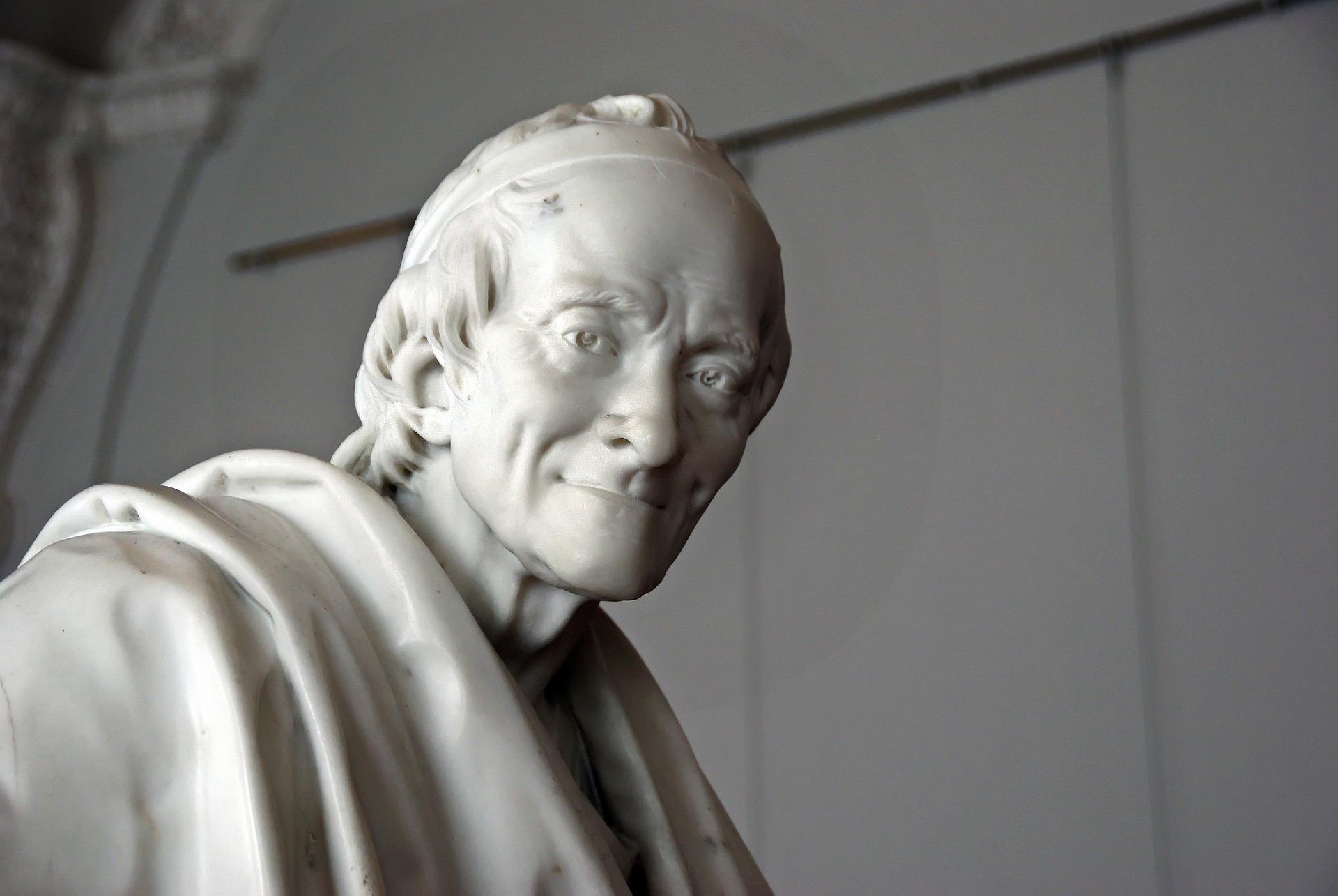 La statue de Voltaire